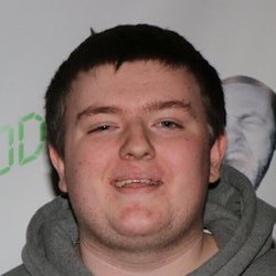 Nudah -  ABOUT Well known by the Internet alias Nudah, or Red Nudah, he is a YouTube gamer who specializes as a Call of Duty content creator. BEFORE FAME He was a finalist to be a spelling bee champion during his middle school years. He created his YouTube channel in May of 2013. He was a finalist to be a spelling bee champion during his middle school years. He created his YouTube channel in May of 2013. TRIVIA He surpassed 140,000 YouTube subscribers in April 2016. He surpassed 140,000 YouTube subscribers in April 2016. FAMILY LIFE His real name is Clayton Huddleston and he is from Logansport, Indiana. His real name is Clayton Huddleston and he is from Logansport, Indiana. ASSOCIATED WITH He published a popular YouTube video called